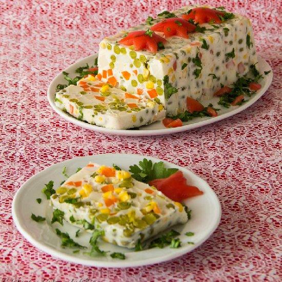 molded christmas potato salad | foodgawker