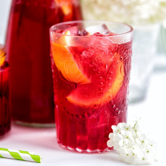 Hibiscus and Redcurrant Iced Tea