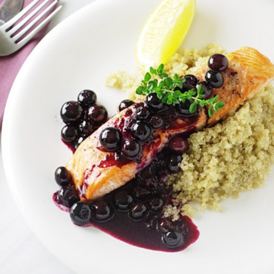 Salmon with blueberry sauce