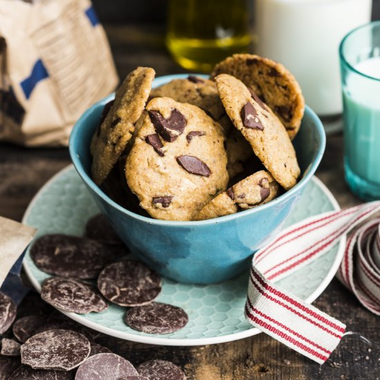 Olive Oil Espresso Choc Chip Cookie