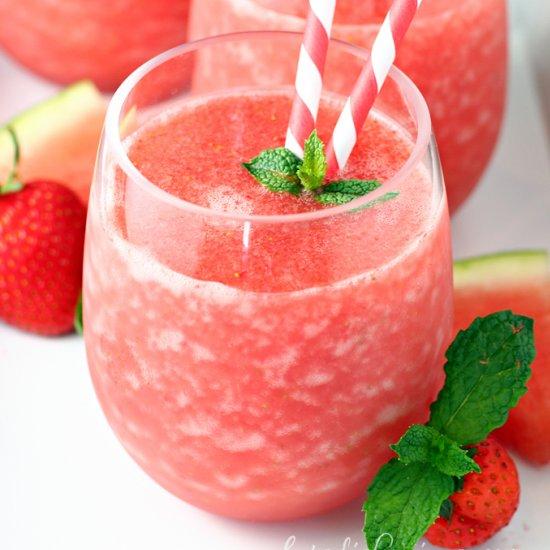 sparkling passion fruit lemonade | foodgawker
